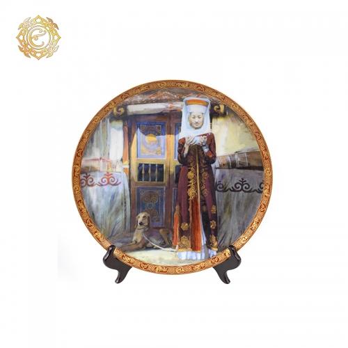 Декоративная тарелка «Ықылас»